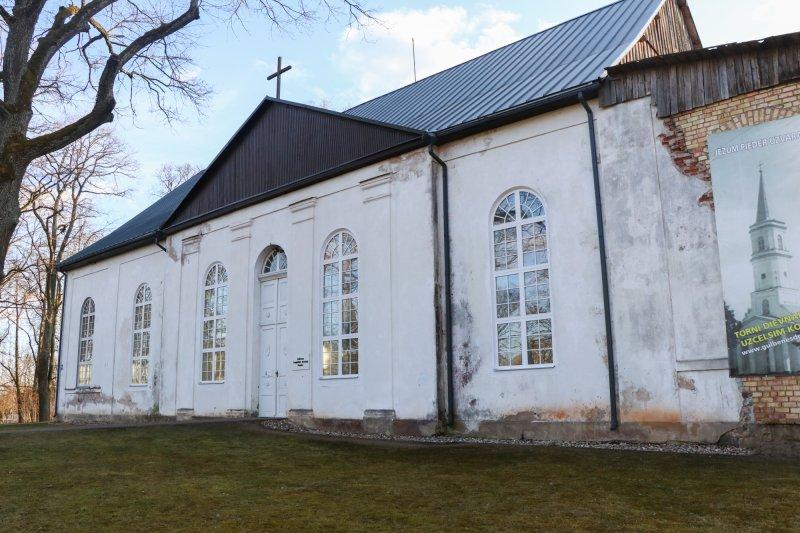 Gulbene luteri kirik